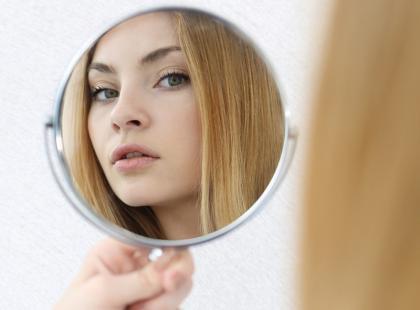 Porady dla młodych dziewczyn jak uniknąć wpadki w makijażu