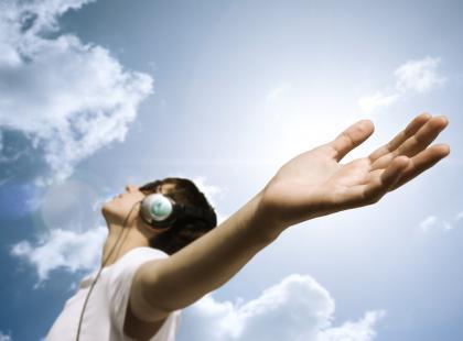 Porażenie prądem przez słuchawki