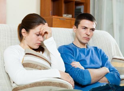 Poronienie lub martwy poród – czego potrzebują rodzice po stracie?