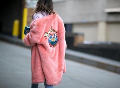 Powiedz zdecydowane nie burej jesieni! Odczaruj aurę kolorową kurtką lub płaszczem z Promod!