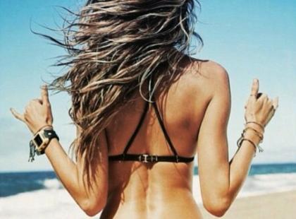 Poznaj 4 marki strojów kąpielowych, które gwiazdy kochają najbardziej