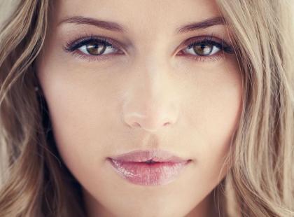 Poznaj 5 sztuczek, jak być bardziej atrakcyjną dla facetów!