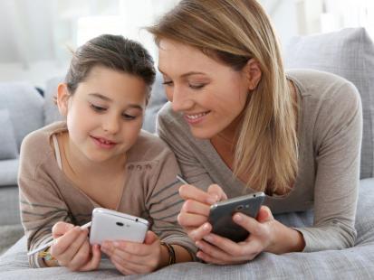 Poznaj swoje prawa! Jak kupować rzeczy dla dziecka przez internet?