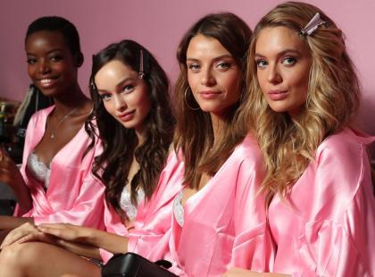Poznaj triki urodowe aniołków Victoria's Secret