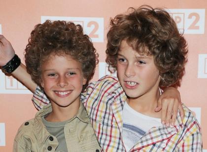 Poznajecie tych dwóch przystojniaków? Zobacz, czy znani bracia są teraz do siebie podobni!