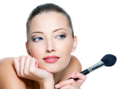Praktyczne wskazówki pięknego makijażu