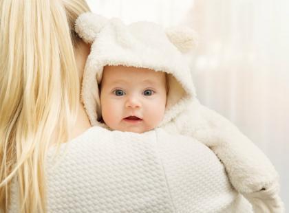 Prawdziwe macierzyństwo to pot i łzy, a nie uśmiechnięta mama i wesoły bobasek ze zdjęcia!