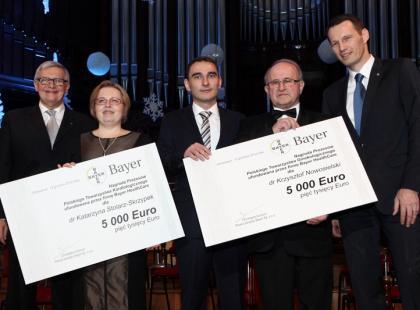 Laureaci nagród Prezesów Polskiego Towarzystwa Kardiologicznego oraz Prezesów Polskiego Towarzystwa Ginekologicznego/ fot. Bayer