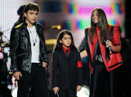 Prince, Blanket i Paris Jackson oddali hołd ojcu