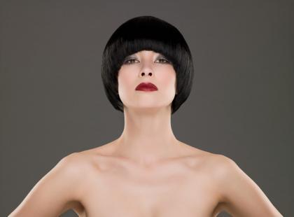 Prostowanie włosów na stałe