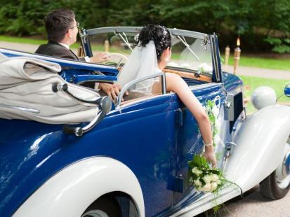 Przegląd najpopularniejszych prezentów ślubnych