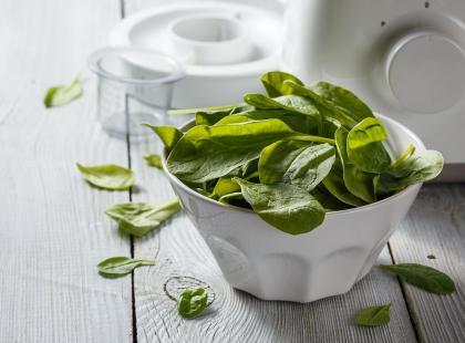 Przepis Ani Starmach: zielony koktajl ze szpinaku