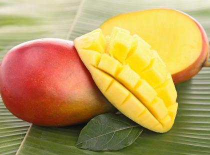 Przepis Beaty Pawlikowskiej: koktajl z pomarańczy i mango