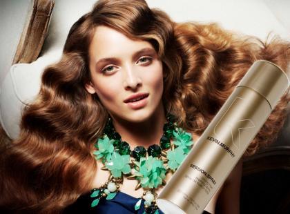 Przydatne kosmetyki do stylizacji włosów
