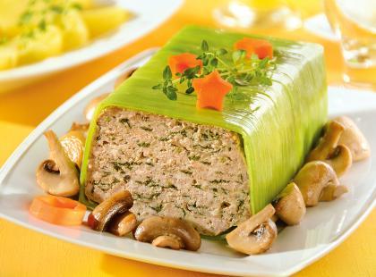 Przygotuj domową wędlinę - zobacz przepisy na pieczeń z mięsa mielonego