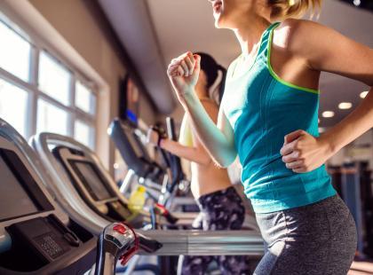 Przyjmujesz spalacze tłuszczu? Poznaj ważne zasady ich stosowania!