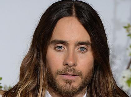 Przystojny aktor zmienił kolor włosów! Wybrał platynowy blond