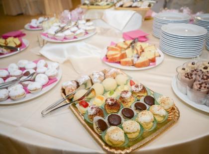 Pyszne i proste desery na Komunię – 5 propozycji