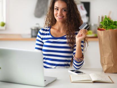 Pytanie dnia: Co warto kupować przez internet?