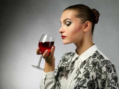 Pytanie dnia: czy podczas brania antybiotyków można pić alkohol?