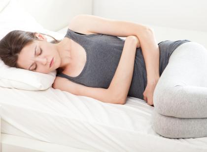Rak jajnika - jakie objawy powinny cię zaniepokoić?