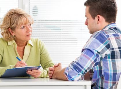 Rak pęcherza moczowego – jakie objawy powinny zaniepokoić?