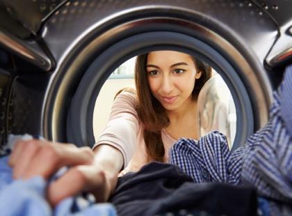 Ratunku! Co robić, gdy pralka brudzi ubrania?