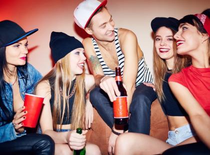 Raz się żyje! Czyli jak oszczędzają Polacy i czego powinni uczyć się od nastolatków