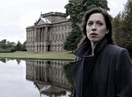 Rebecca Hall w filmie Szepty