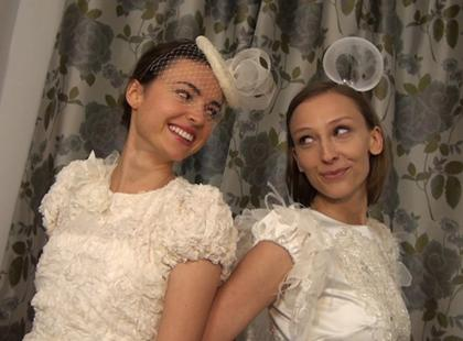 Redaktorki Polki.pl w najmodniejszych sukniach ślubnych 2013 [video]