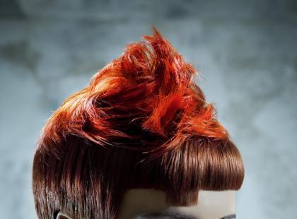 Rockowo-punkowe fryzury na jesień i zimę 2009/2010