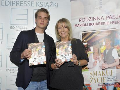 """Rodzinne gotowanie Marioli Bojarskiej-Ferenc i Aleksandra Ferenc w książce """"Smakuj życie"""""""