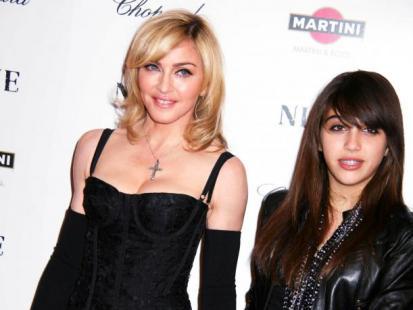 Rodzinny biznes Madonny i Lourdes