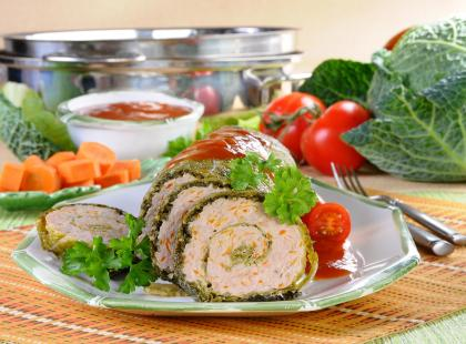 Rolada z mięsem i kapustą