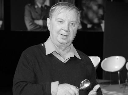 """Roman Kłosowski nie żyje. Odszedł słynny Maliniak z serialu """"Czterdziestolatek"""""""