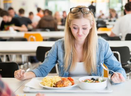 Rozważania dietetyka. Właścicielu firmy cateringowej – co się stało z twoją uczciwością?