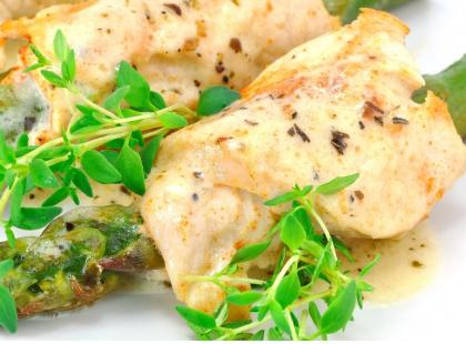 Ruloniki z pieprzem młotkowanym i kolendrą - pyszne i szybkie danie!