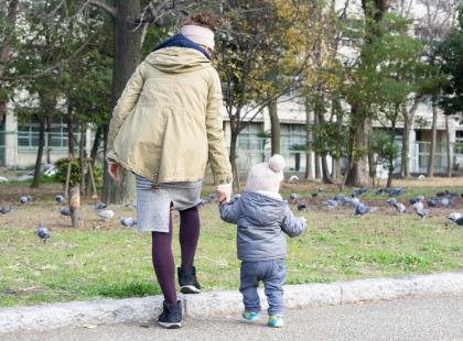 Rząd odbiera 500 plus samotnym matkom? Wszystko przez alimenty