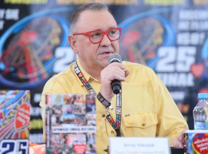 """Sąd skazał Jerzego Owsiaka za wulgaryzmy na Woodstocku! """"To kpina! Tak, jeszcze Owsiaka zdepczcie"""" - piszą internauci"""
