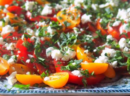 Sałatka z pomidorów - Kasia gotuje z Polki.pl