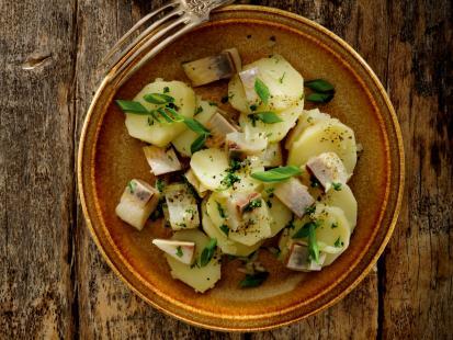 Sałatki z ziemniakami