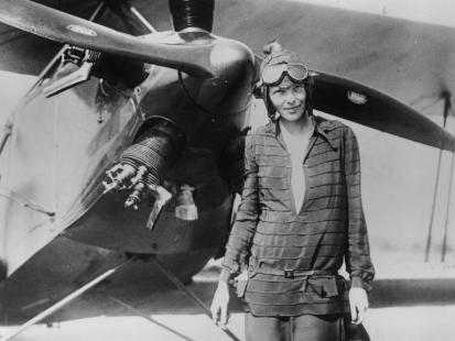 Samobójstwo, szpiegowska misja, ucieczka z kochankiem... Tajemnica zaginięcia sławnej pilotki Amelii Earhart wyjaśniona?