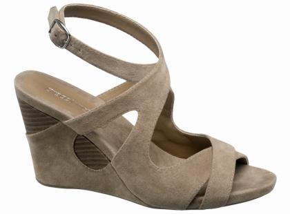 Sandały i klapki dla niej - Deichmann na wiosnę i lato