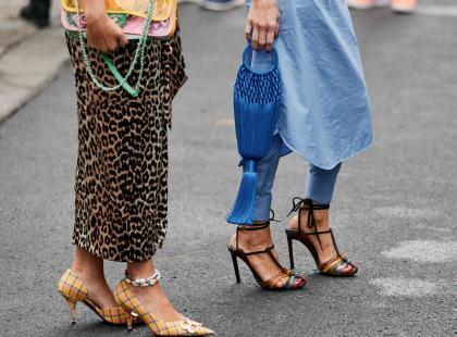 Sandały na obcasie to eleganckie i seksowne buty! Oto 15 najmodniejszych modeli na lato 2019