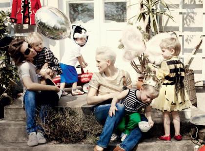 Sandra Nowak i Marta Kuligowska z dziećmi