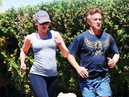 Scarlett Johansson i Sean Penn - Romans z ciążą w tle
