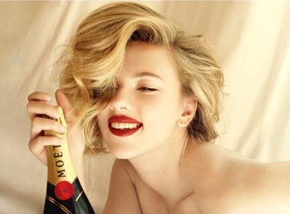 Scarlett Johansson w reklamie szampana Moet & Chandon