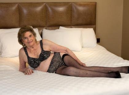 Seks z babcią