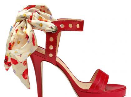 Seksowne sandały na sezon letni 2012