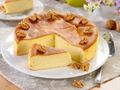 Sernik z serem pleśniowym